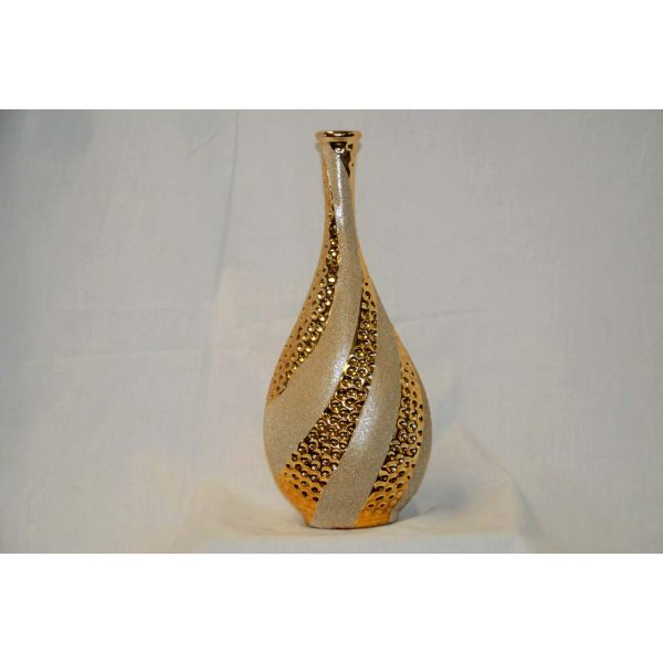 Gold Vase w/ narrow mouth